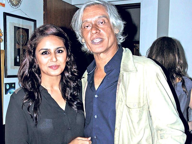 Huma Qureshi poses with director Sudhir Mishra