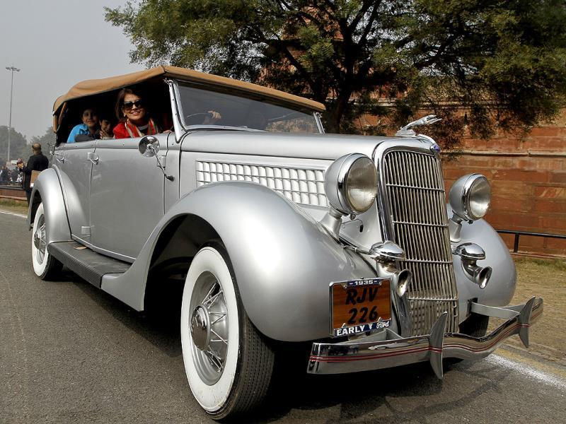Over 135 vintage car and bikes rolled over Delhi roads, during the Vintage Car Rally. (Sanjeev Verma/ HT Photo)