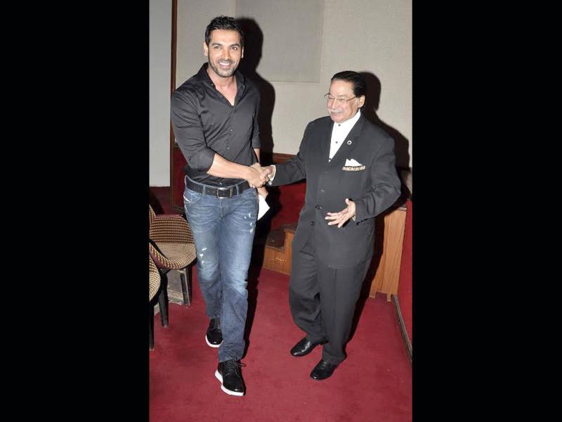 Actor John Abraham attended the alumni meet of Jai Hind college where he studied. The actor had loads of fun and got a time to bond with his professors as well.
