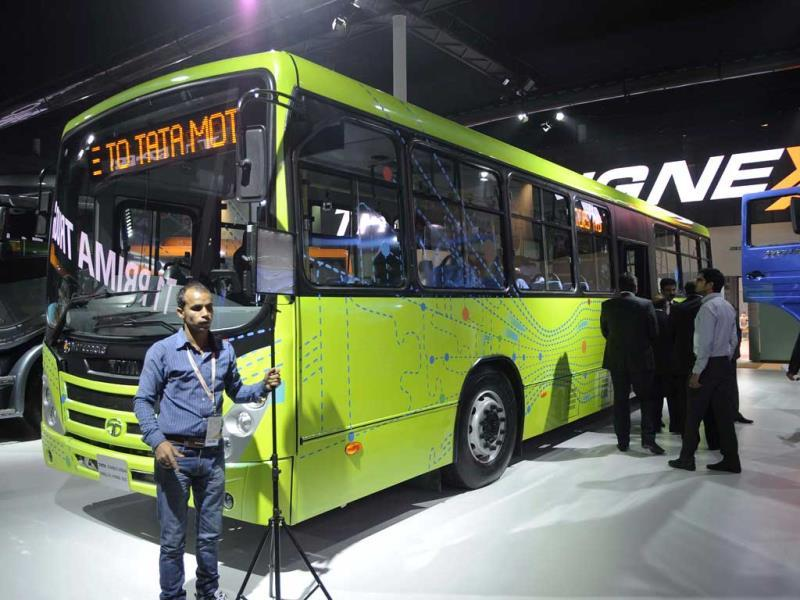 Looks familiar? Tata Starbus Urban Parallel Hybrid Bus, is displayed at the pavilion of Tata Motors (Burhaan Kinu/HT)