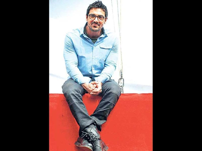 John Abraham exudes an effortless, I-care-a-damn vibe in their geeky avatars, doen't he? (HT Photo)