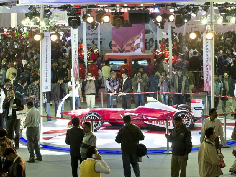 Crowd around Mahindra display at the Auto Expo (AFP photo)