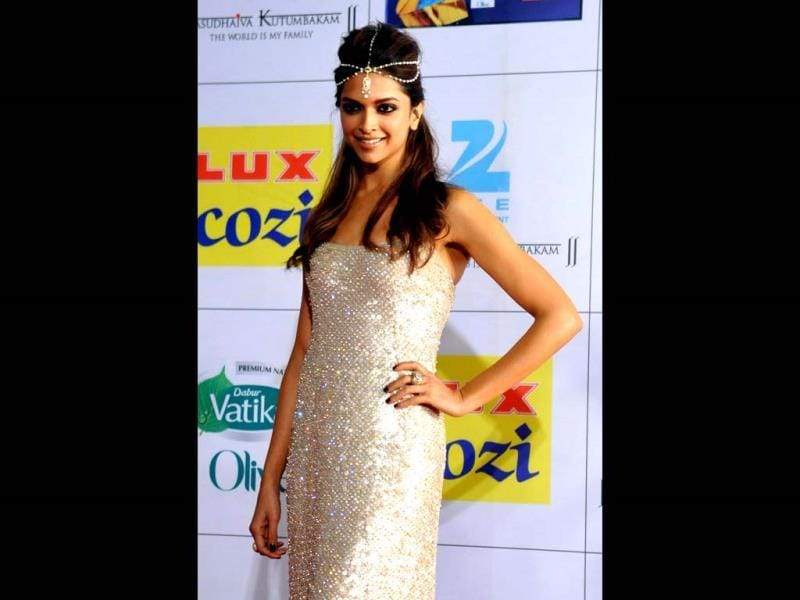 Deepika Padukone looks like a princess.