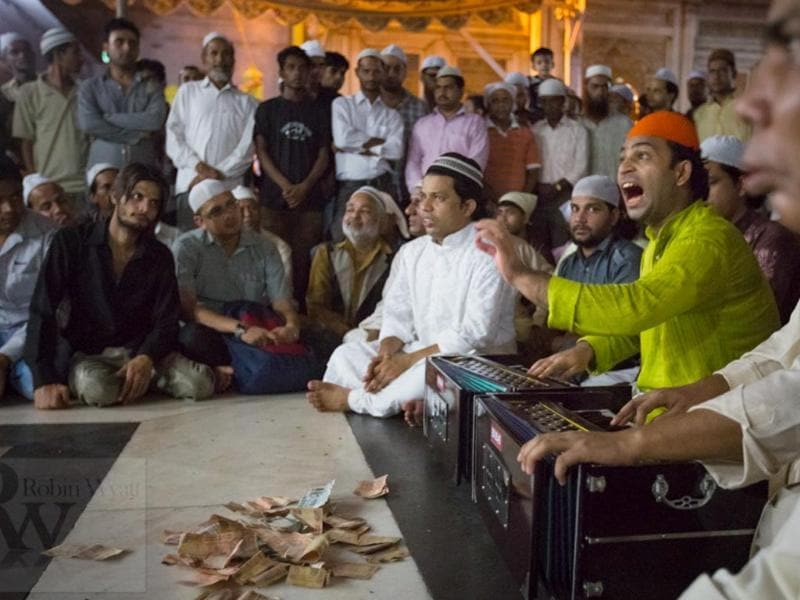 An evening listening to qawwalis at the Nizamuddin Dargah is an experience which many expats call their favourites.