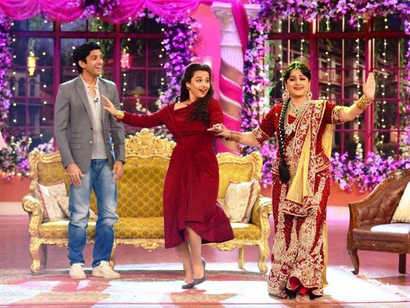 Vidya Balan shakes a leg with Upasana Singh aka bua on Comedy Nights with Kapil.