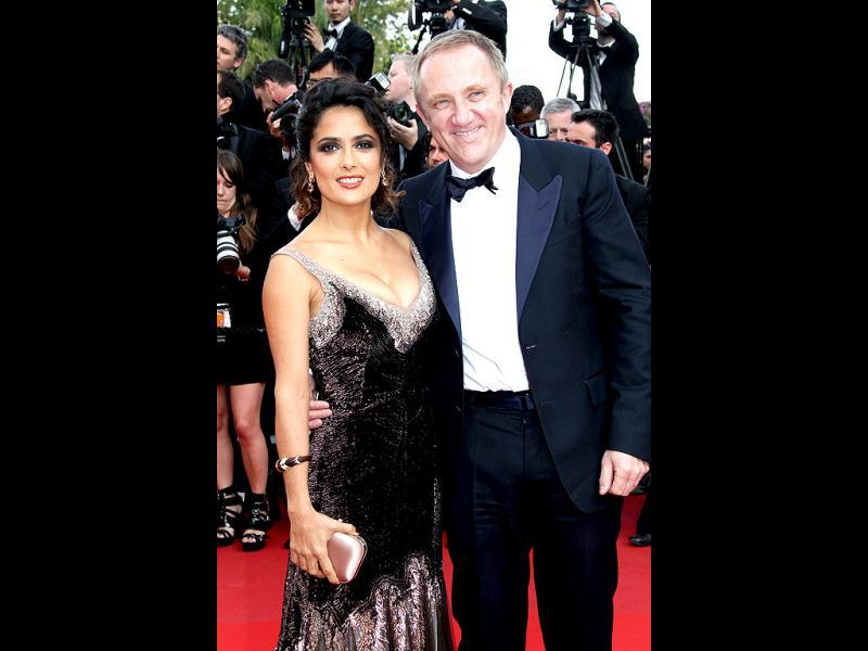 Francois-Salma Hayek: The Latina bombshell and billionaire François-Henri Pinault got married in a low-key civil ceremony in Paris on V-day in 2009, followed by a grand reception in Venice. Their daughter is named Valentina.