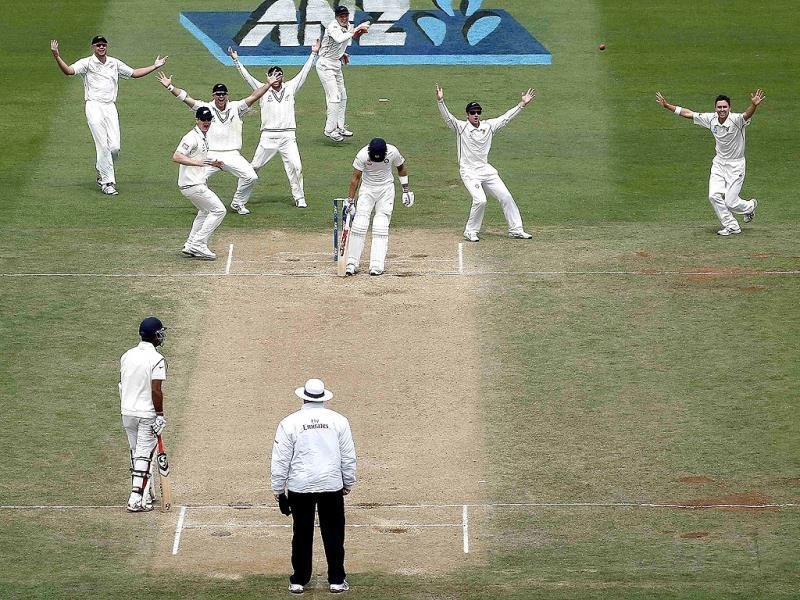 New Zealand's cricketers appeal unsuccessfully for the wicket of Virat Kohli during a Test match at the Basin Reserve in Wellington. (Reuters Photo)