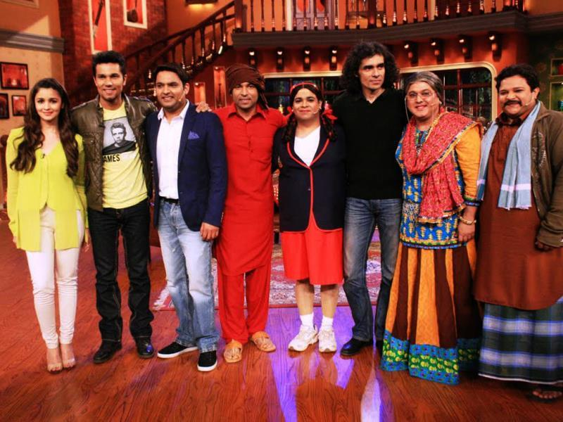 Alia Bhatt, Randeep Hooda and Highway director Imtiaz Ali on the sets of Comedy Nights with Kapil.