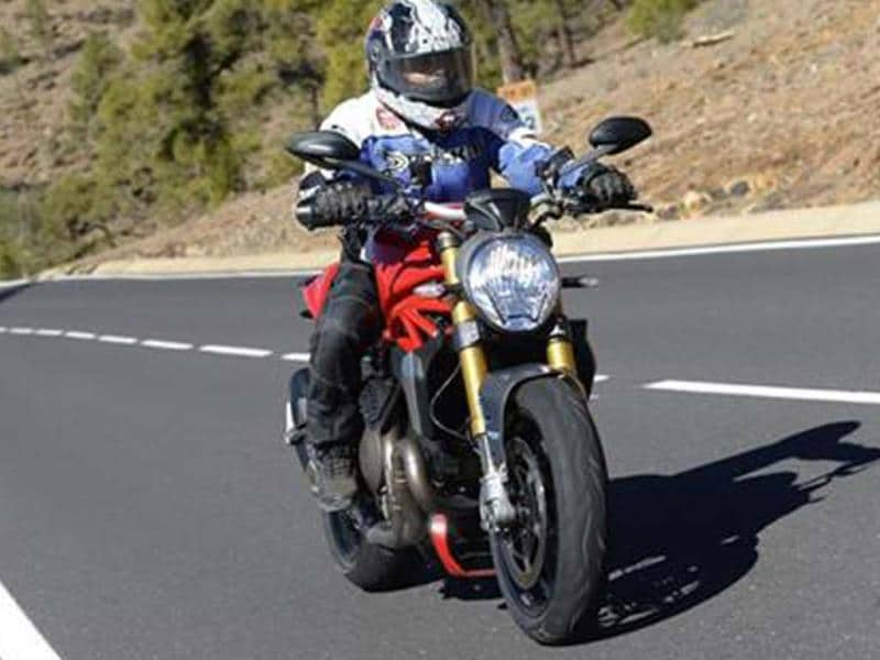 Ducati Monster 1200S review, test ride