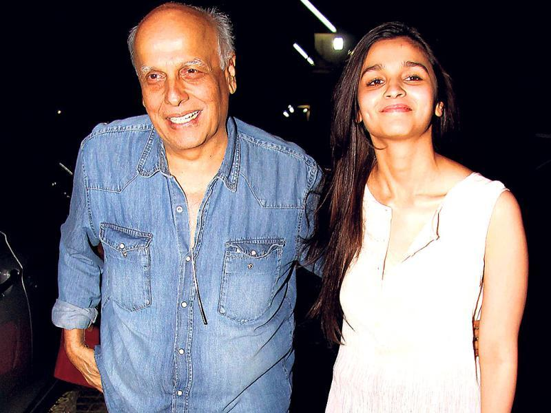 Mahesh Bhatt and daughter Alia spotted an event. Browse through.