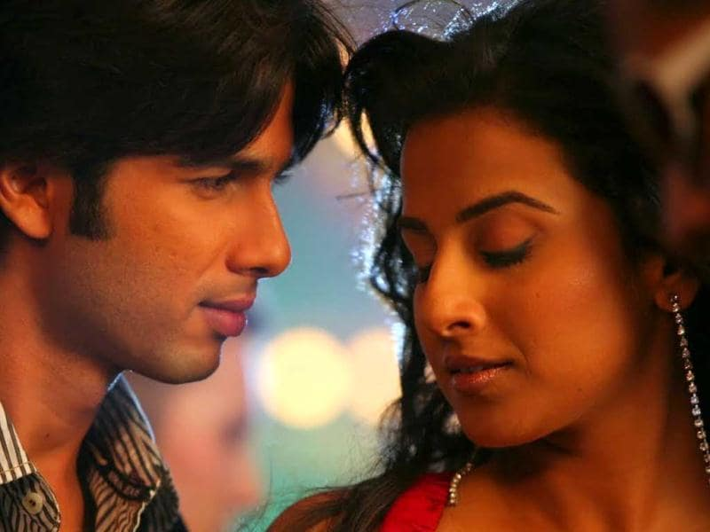 The buzz goes that Vidya and Shahid started seeing each other during shooting for Kismet Konnection at a time when he had just suffered a heart break. But, their short-lived affair ended quite abruptly.