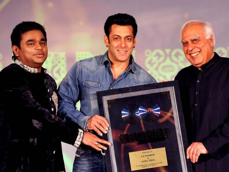 Salman Khan unveils AR Rahman and Kapil Sibal's music album Raunaq in Mumbai. While Rahman has composed for the album, Sibal has penned lyrics for the same. Check out pics. (AFP)