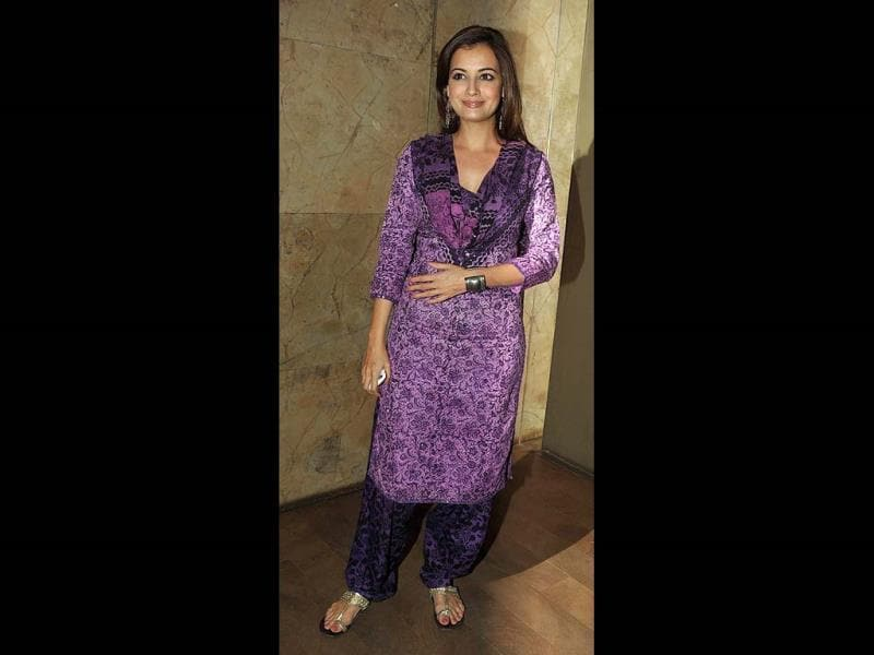 Dia Mirza goes for a salwar-kameez at Queen's movie screening.