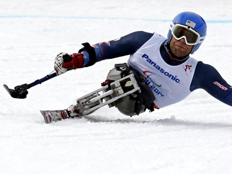 Tyler Walker of the US skis during the men's sitting skiing downhill at the 2014 Sochi Paralympic Winter Games at the Rosa Khutor Alpine Center. (Reuters photo)
