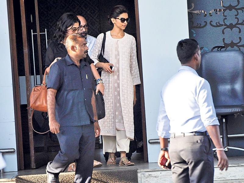 Deepika Padukone spotted at Juhu Airport.