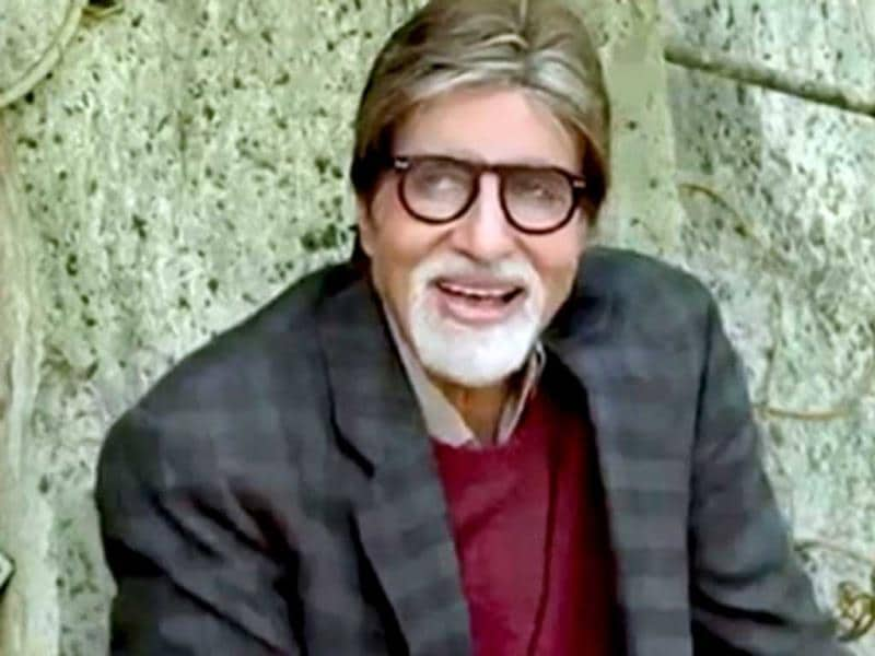 The friendly ghost: In Bhoothnath Returns, Amitabh Bachchan is an ever-helping ghost Bhoothnath, who even fights elections against a corrupt politician.