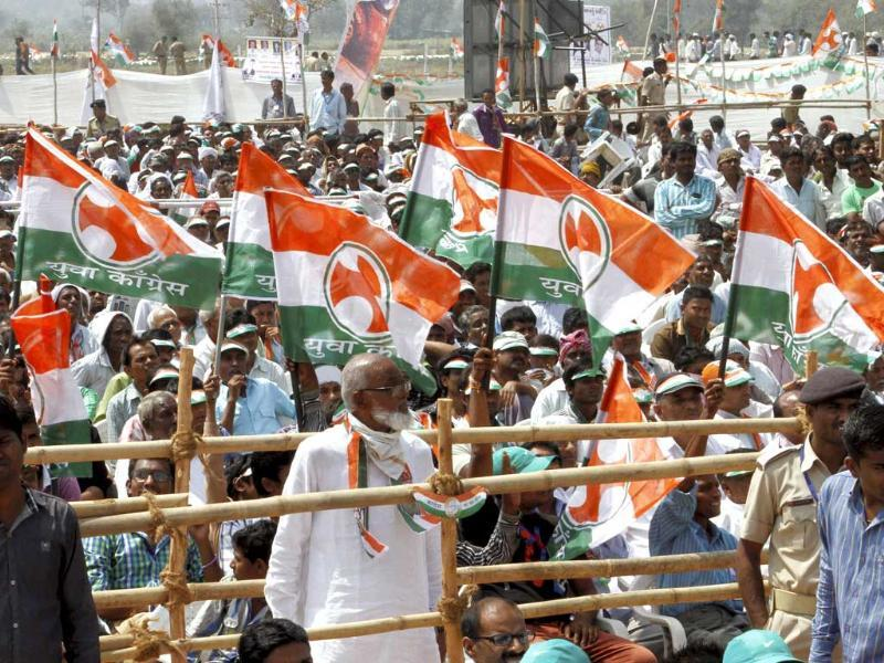 Supporters at Congress vice-president Rahul Gandhi's election campaign rally at Balasinor in Gujarat. (PTI Photo)