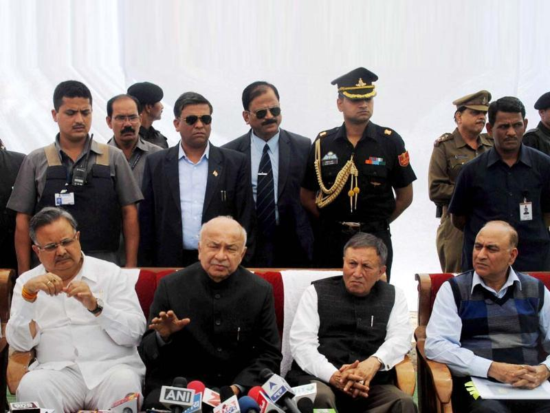 Union home minister Sushilkumar Shinde alongwith Chhattisgarh CM Raman Singh and state Governor Shekhar Dutt addressing a press conference on Sukma Naxal attack, in Jagdalpur (PTI photo)