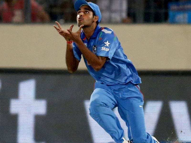 Bhuvneshwar Kumar prepares to take the catch to dismiss Pakistan's Mohammad Hafeez during their ICC World Twenty20 match in Dhaka. (AP Photo)