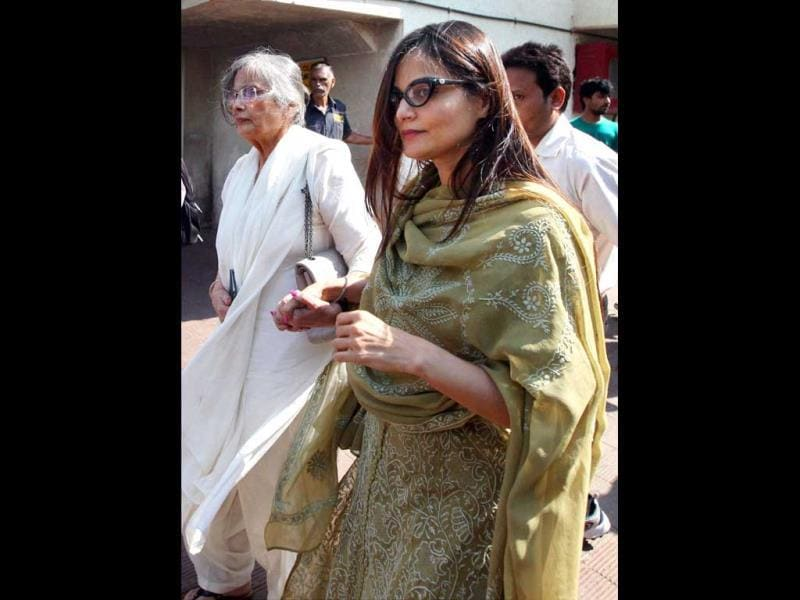Salman Khan's mother Salma Khan and sister Alvira during the funeral of veteran bollywood actress, Nanda in Mumbai on Tuesday. Nanda passed away following a massive heart attack at her residence. (PTI Photo)