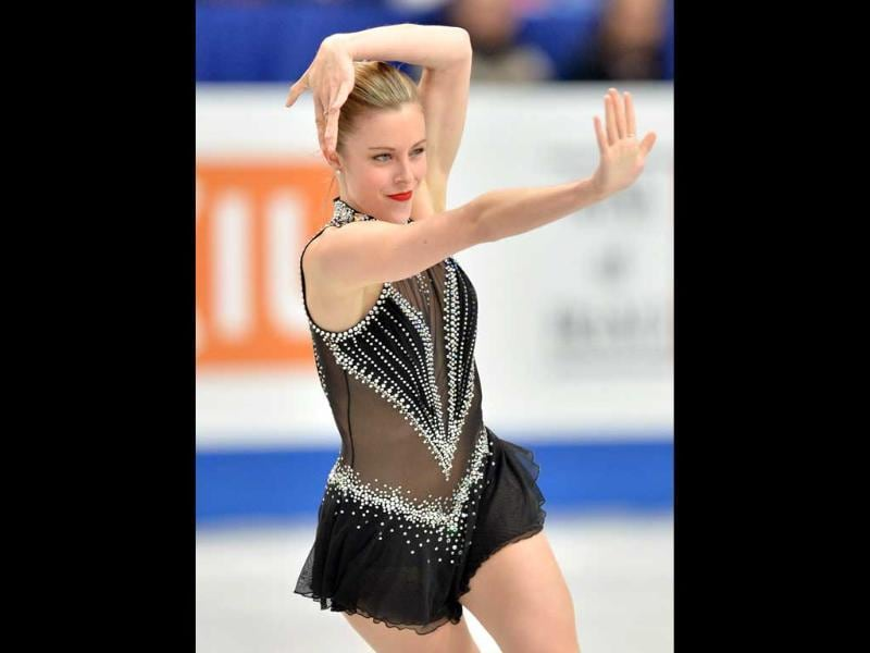 Ashley Wagner of the US performs during the ladies' short program at the world figure skating championships in Saitama (AFP photo)