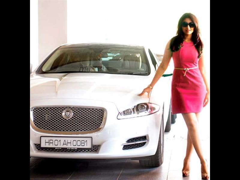 Lucky Number: 0081The Hasee Toh Phasee star recently bought her second car. The number 0081/1800 are the common digits on the 25 -year-old actor's licence plates, and there is no apparent connection between the numbers. So we wonder why the actor loves this number.