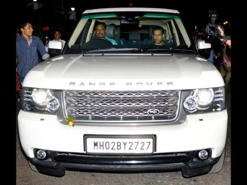Lucky Number: 2727The 48-year-old actor is the owner of two SUVs. And both the cars have the number 2727 on their licence plates. Needless to say that the Dabangg actor considers his birth date (December 27) as his lucky number.
