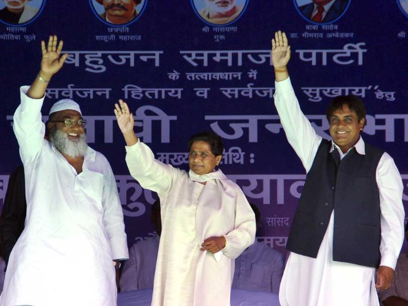 BSP leader Mayawati during her election rally in in Muzaffarnagar for the upcoming Lok Sabha elections. (Chahat Ram/HT photo)