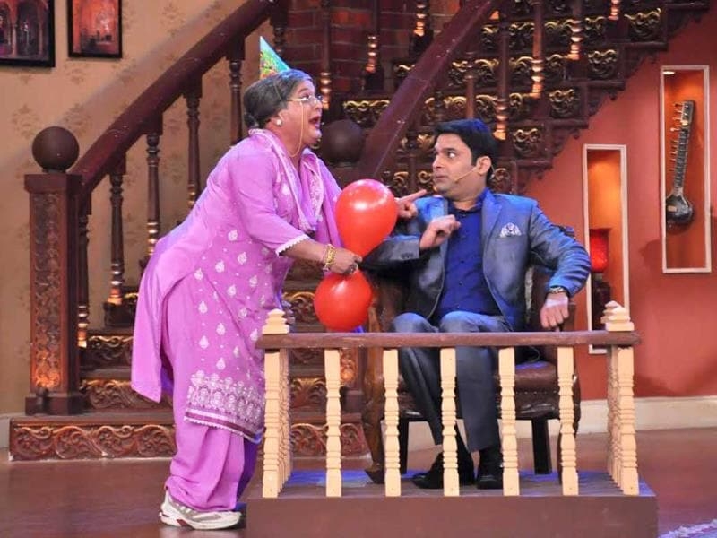 Kapil Sharma and Ali Asgar (dadi) on Comedy Nights.