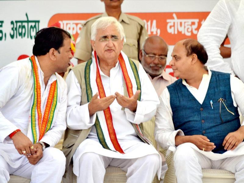 Union minister and Congress leader Salman Khurshid at an election rally in Agra.