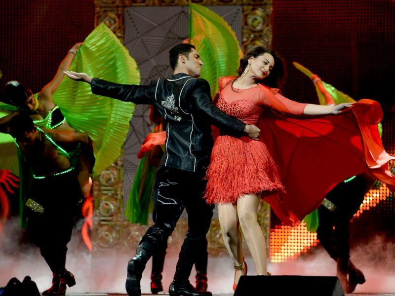 Sonakshi Sinha dances on stage during the IIFA Magic of the Movies show. (AFP)