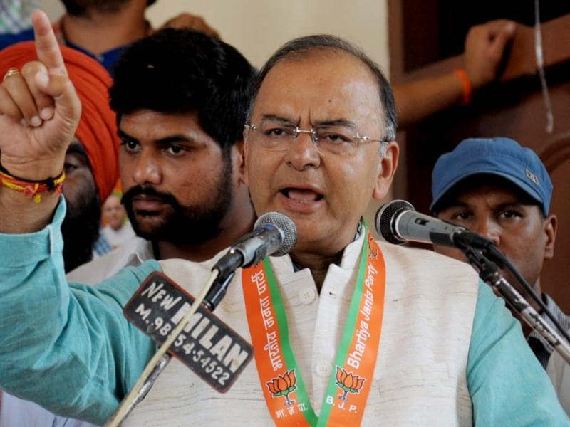 BJP candidate for Amritsar's parliamentary seat Arun Jaitley speaks during an election campaign event in Amritsar. (AFP photo)