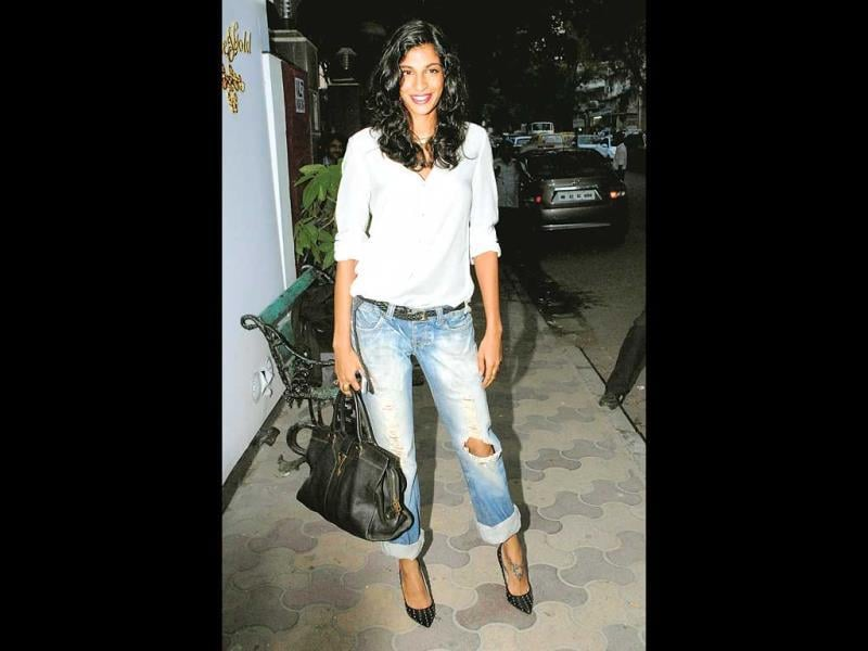 Anushka Manchanda: An otherwise casual look – Anushka made it event-appropriate by adding spiked heels and brightlipstick.Our rating: 9/10