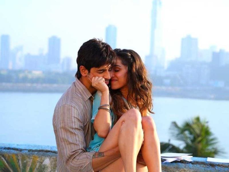 Sidharth Malhotra and Shraddha Kapoor display a natural chemistry on screen in the latest track Galliyan from Ek Villain. The track will release on May 7.