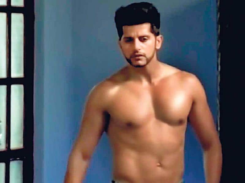 Qubool Hai: Karanvir Bohra seems to be trying a bit too hard to play a nasty guy. Perhaps, if he added some seriousness, he might succeed. Besides, someone needs to give him some clothes. What's with the shirtless avatar? We get that he has a good physique, but it's nonsensical to show it off at every opportunity. (HT PHOTO)