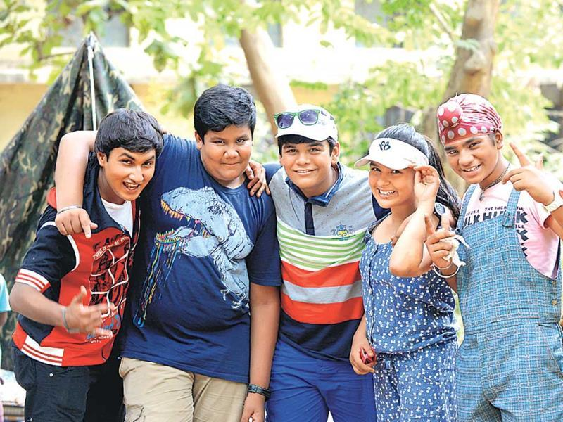 Taarak Mehta Ka Ooltah Chashmah: This week Bidhe cajoles the Tapu Sena into going for an outing. The kids spot a school and feel depressed, thinking Bidhe wants them to study. Later, they are delighted to see a summer camp inside. (HT PHOTO)