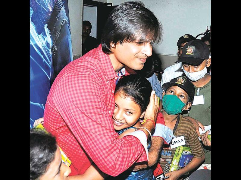 Vivek Oberoi at a film screening that he hosted for cancer-afflicted children.(Photo: Yogen Shah)