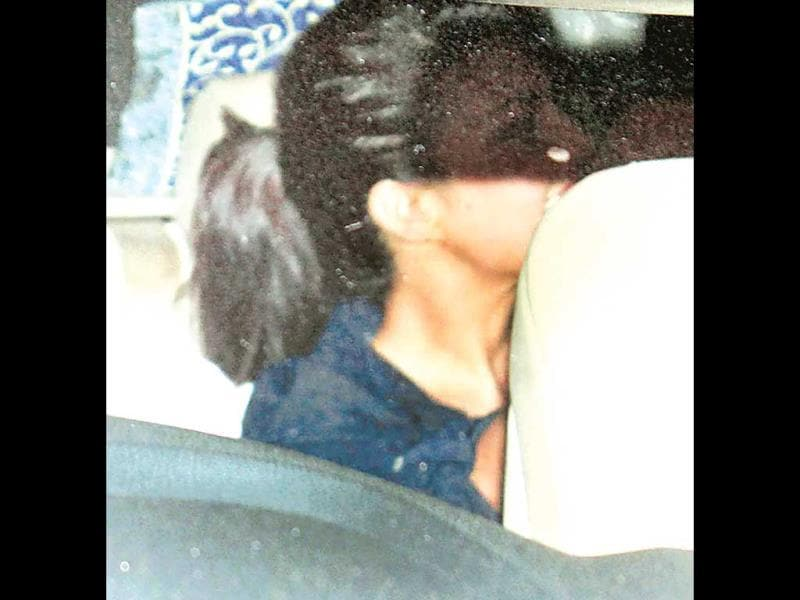 Jacqueline Fernandez was seen leaving a Bandra restaurant with Shahid Kapoor. (Photo: Yogen Shah)
