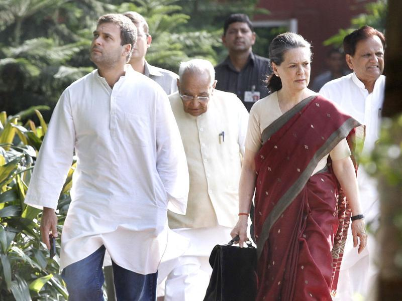 Congress president Sonia Gandhi with party vice president Rahul Gandhi arrives for Congress Working Committee meeting (CWC)at AICC in New Delhi. (HT Photo/Arvind Yadav)