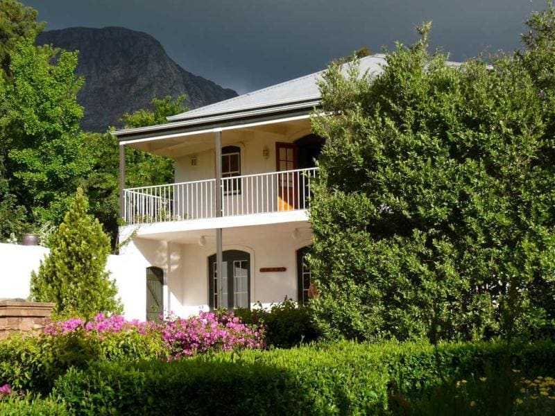 Here's what travelers had to say about the top 10 hotels that go above and beyond the call of duty to make their guests feel comfortable and pampered.Akademie Street Boutique Hotel and Guesthouse, Franschhoek, South Africa: