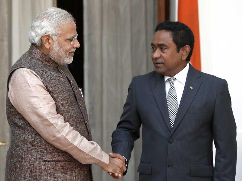 Prime Minister Narendra Modi shakes hands with Maldives President Abdulla Yameen in New Delhi. (Reuters Photo)