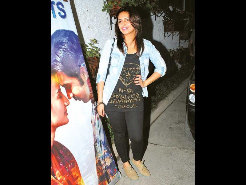 Huma Qureshi took the casual road with a t-shirt and cropped pants.
