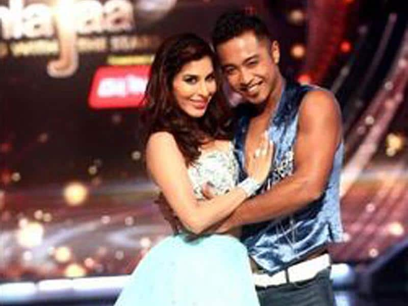 Sophie Chowdry along with her choreographer Deepak ready to set the stage on fire. (Photo courtesy: Twitter)