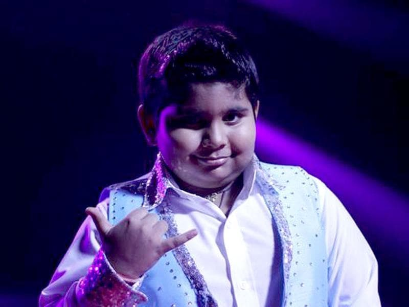 With his Sallu style of dancing, he has created quite a celeb persona for himself. Big round of applause for lil Akshat Singh and Vaishnavi, his choreographer. (Photo courtesy: Colors)