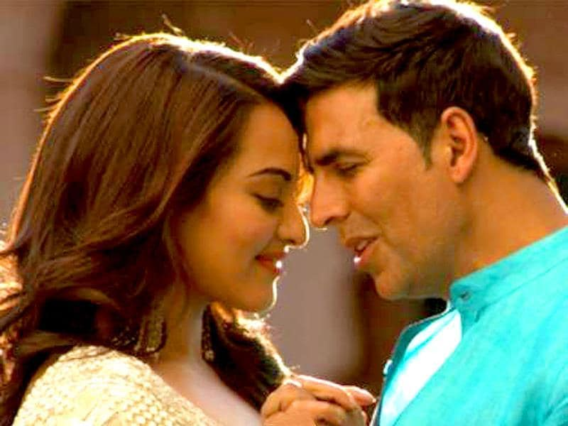 The film also brings Akshay back with Sonakshi Sinha, with whom he has hits like Rowdy Rathore (2012). (Photo: Desimartini)