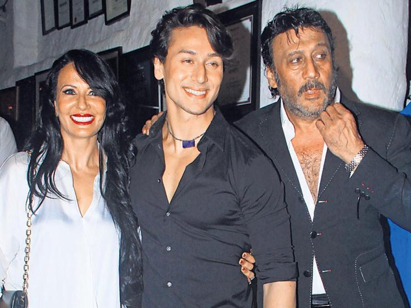 Tiger Shroff was spotted with family on dinner on the occasion of his mother's birthday. (HT Photo/Prodip Guha)