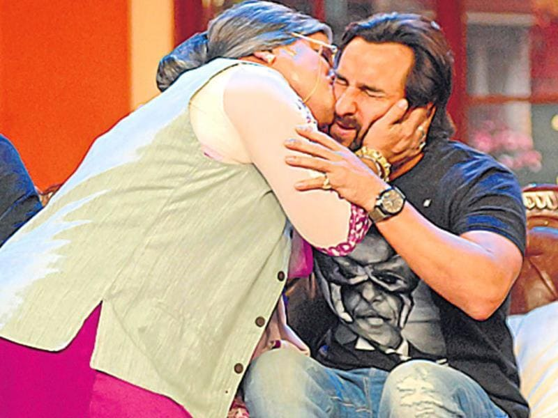What looks like Saif Ali Khan cheating on wife Kareena Kapoor Khan, is actually a TV shoot where the actor is seen with a 'dadi' Ali Asgar. HT Photo/ Prodip Guha