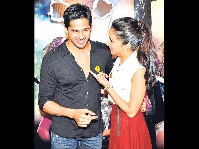 """Dude, are you flaunting your chest?"" Shraddha Kapoor seems to be asking Sidharth Malhotra at an event in Mumbai. (Photo: Yogen Shah)"
