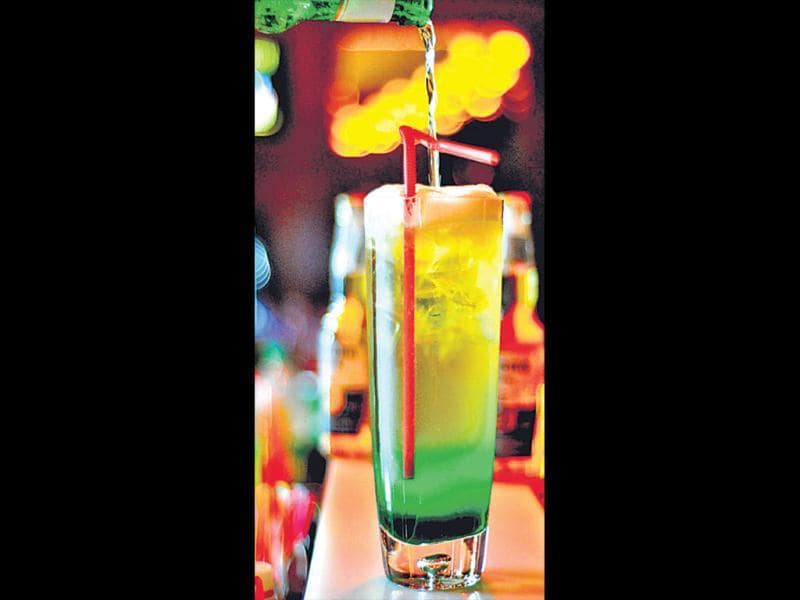 herbatious adamIngredients: 330ml beer, 4 basil sprigs, diced green apple, 20ml lime juice, 60ml white rum, glassful of iceProcedure: Shake all the ingredients together and garnish with a slice of apple. Serve in a beer mug. Inputs by Sapan Tsong, The Summer House