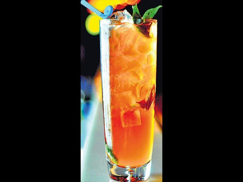 orange ale mimmosa Ingredients: 330ml beer, 80ml orange juice, 10 orange chunks, 20ml triple sec, 20ml lime juice, 60ml vodka, one glass of ice cubes.Procedure: Shake all the ingredients together and ­garnish it with orange slices. Inputs by mixologist Viju Rai, Fork You